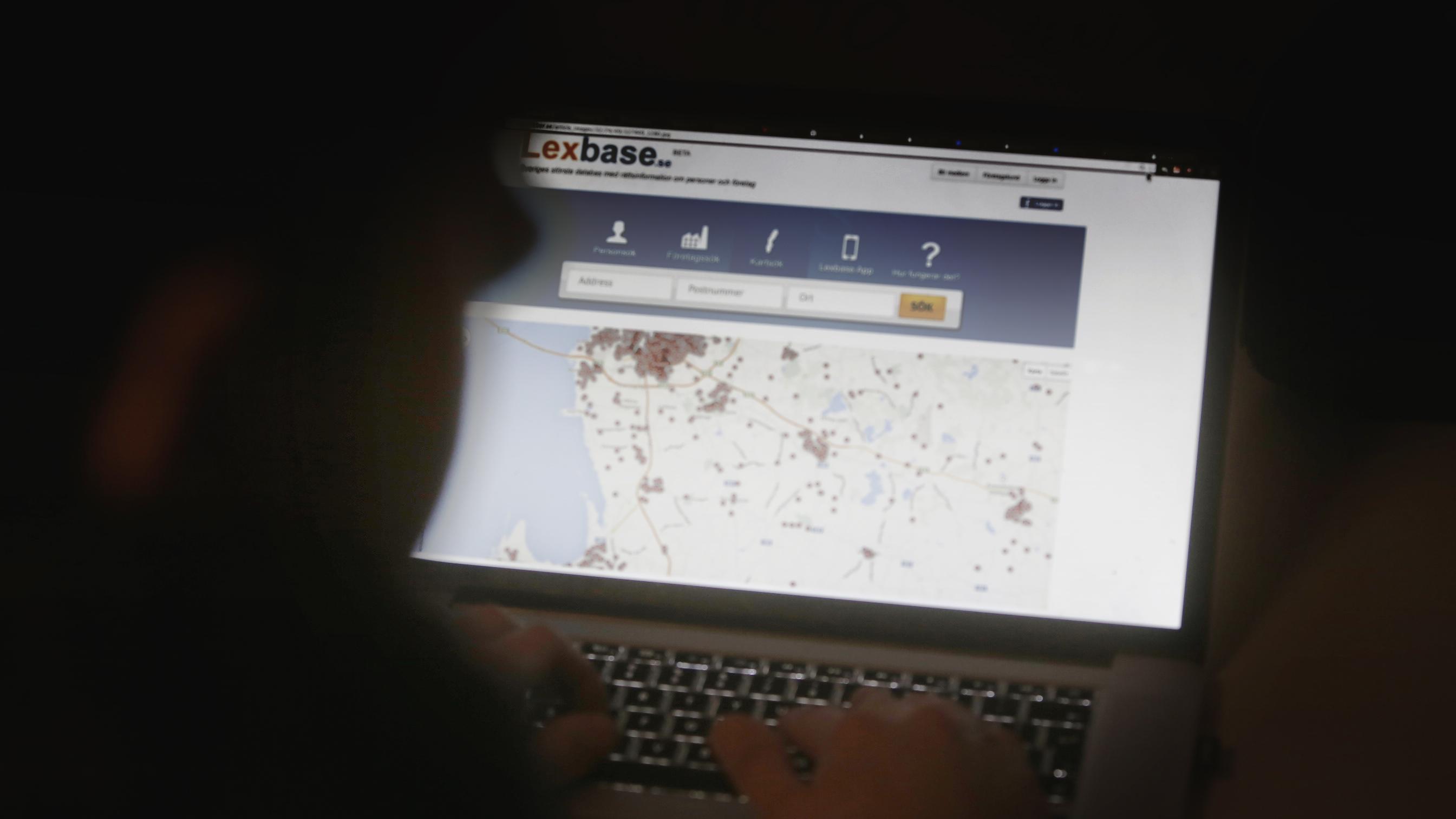 Många människor är förtvivlade efter att felaktigt hängts ut som brottslingar på Lexbase. Foto: Nyheter Idag