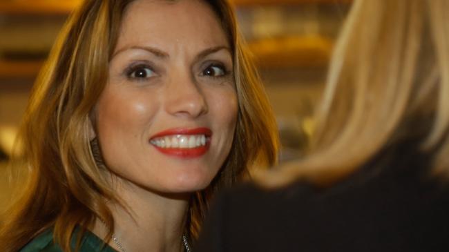 Alexandra Pascalidou på PK-debatt - Foto: Chang Frick / Nyheter Idag