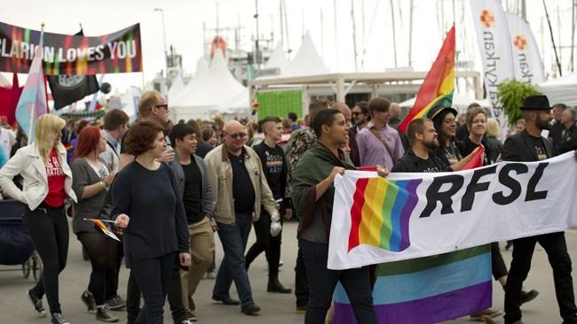 """Ordförande lämnar RFSL: """"Finns ingen som står till höger om Socialdemokraterna"""""""