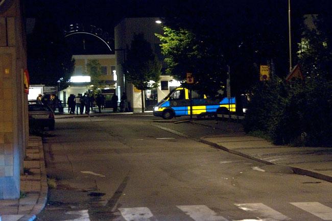 Polis i Rinkeby. Bilden är tagen vid ett annat tillfälle. Foto: Chang Frick / Nyheter Idag