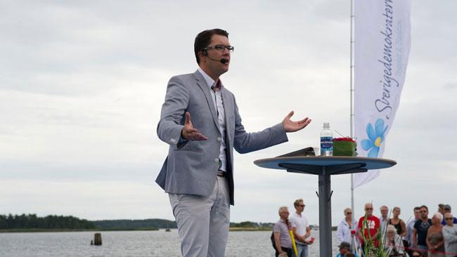 Åkesson pratade en hel del om situationen i Irak. Foto: Sven Pernils / Nyheter Idag