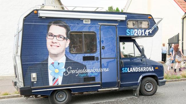 SD Landskrona var på plats med sin dekorerade husbil. Foto: Sven Pernils / Nyheter Idag