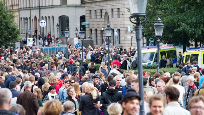 Det var många människor samlade. Foto: Sven Pernils / Nyheter Idag