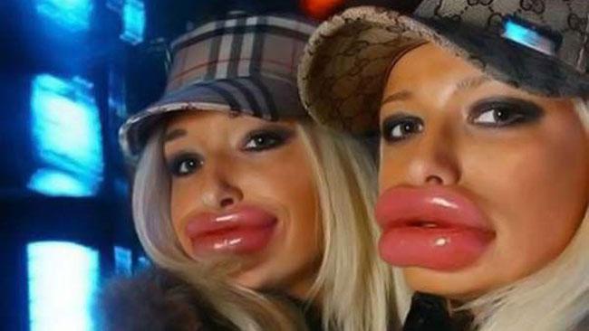 """Duckface är ett begrepp för människor med plutande läppar.  Bilden föreställer ej tjejen som blev kallad för """"rökt anka"""". Foto: knowyourmeme.com"""