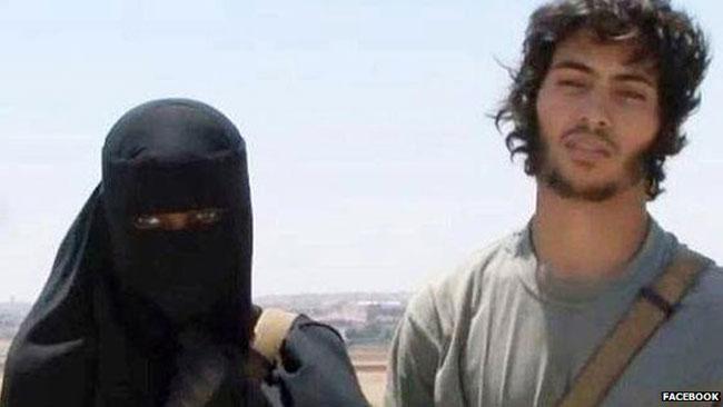 Även tjejer reser till Syrien och Irak för att bli en del av ISIS. Foto: Facebook