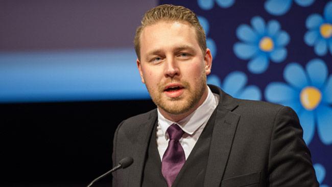 Mattias Karlsson meddelar under dagen att de tänker väcka misstroendeförklaring mot Löfven. Foto: Sven Pernils / Nyheter Idag