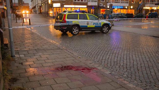 Platsen är avspärrad av polis. Foto: Peo Möller / TOPNEWS.se