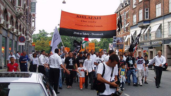 Den radikala islamistiska organisationen Hizb ut Tahrir demonstrerar i Danmark. Foto: Wikimedia Commons