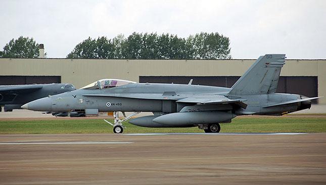 Finländsk version (F-18) av amerikanska F/A-18 Hornet. Foto: Wikipedia