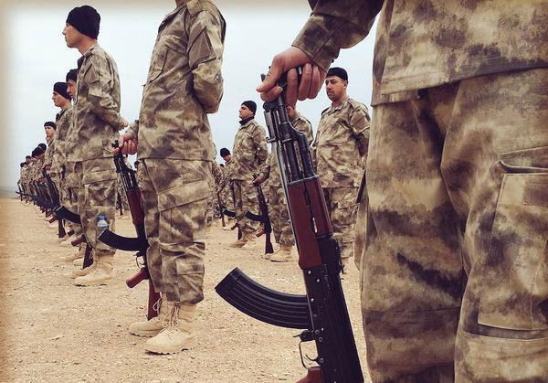 Assyriska milistrupper i Irak. Faksimil: Facebook