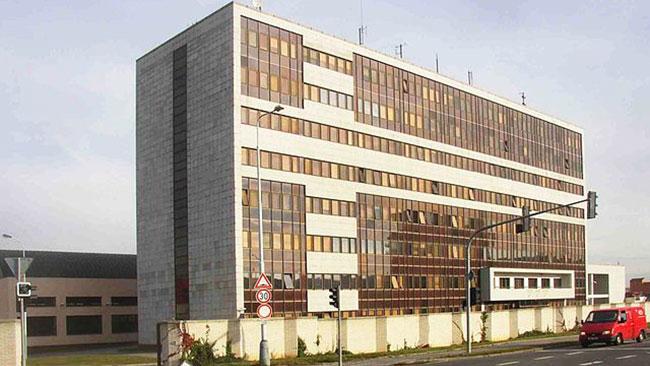 Den tjeckiska underrättelsetjänstens högkvarter utanför Prag. Foto: Wikipedia