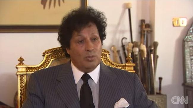 Diktatorn Gaddafis kusin, Ahmed. Foto: Faksimil Youtube.