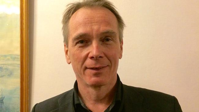 Den före detta chefredaktören Jan Sjunnesson för den SD-ägda sajten Samtiden är också på plats i Alvik. Foto: Sven Pernils