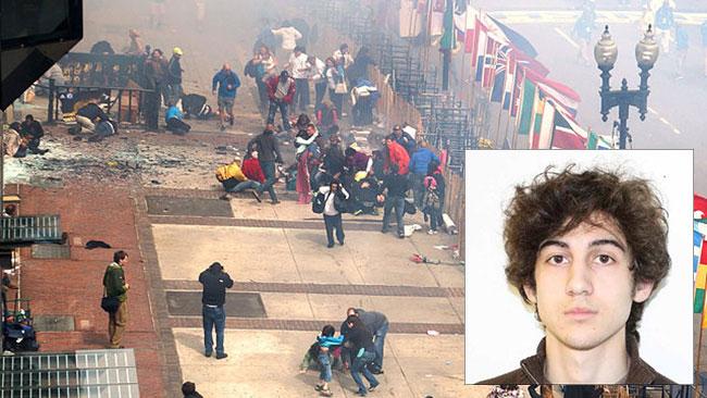 Trots de tydliga bevisen anser Bostonbombarens mamma att sonen är oskyldig. Bilden är ett fotomontage.