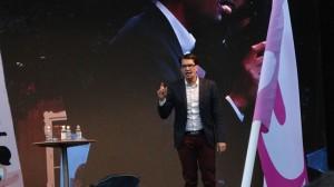 Jimmie Åkesson under ett tal på Södermalm. Foto: Nyheter Idag