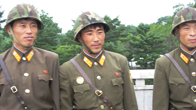 Koreanska folkarmén utför avrättningar på order av Kim Jong-un. Foto: Wikipedia