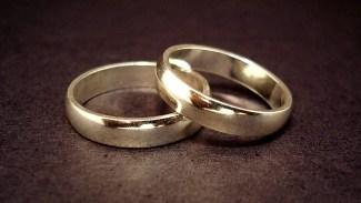 Hovrätten friar tre personer åtalade för äktenskapstvång