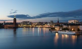 Rödgröna i Stockholm bryter vallöfte om sommarjobb - Tredje året i rad