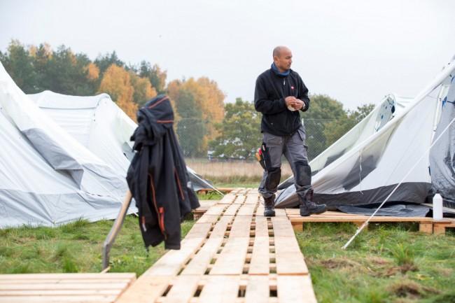 Första tältlägret på plats. Foto: MSB
