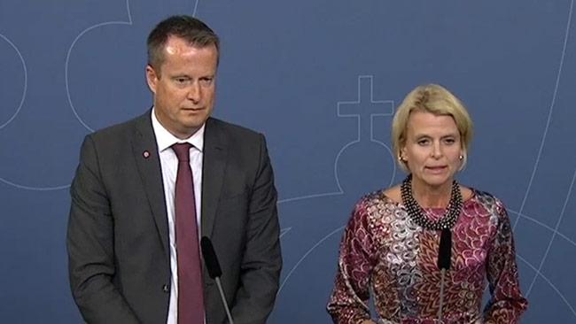 Anders Ygeman och Åsa Regnér på regeringens pressträff. Foto: <a href=