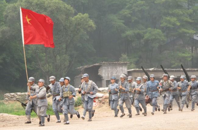 Inbördeskriget är populärt i Kina. Att resa till platsen för ett känt slag och själv delta i en teaterpjäs där slaget  återskapas är ett inte ovanligt turistinslag.