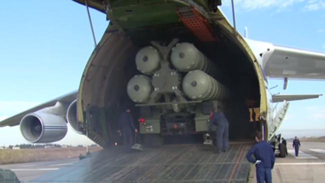 Här anländer S-400 till Syrien. Foto: Faksimil Youtube / Ruptly.tv