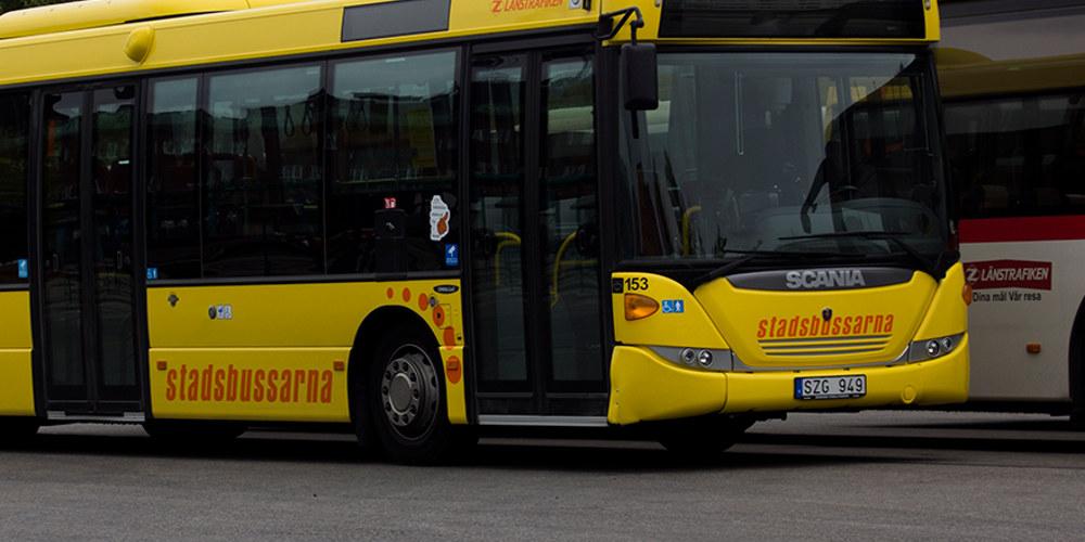 Buss vid busstorget i Östersund. Foto: Jens Erik Widén