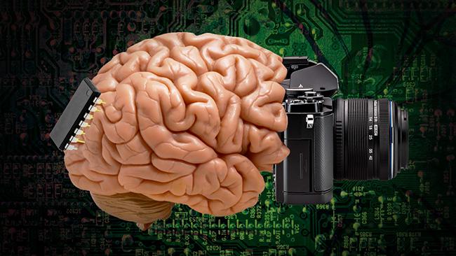 Kamera – implantat – hjärna. Illustration: Nyheter Idag