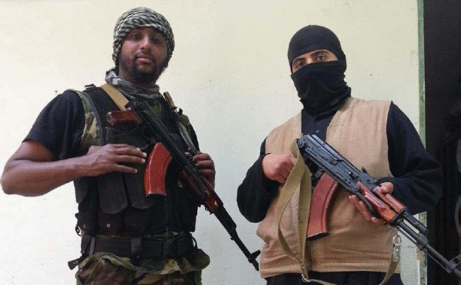 Al Amin Sultan (t.v). Foto: Polisens förundersökningsprotokoll