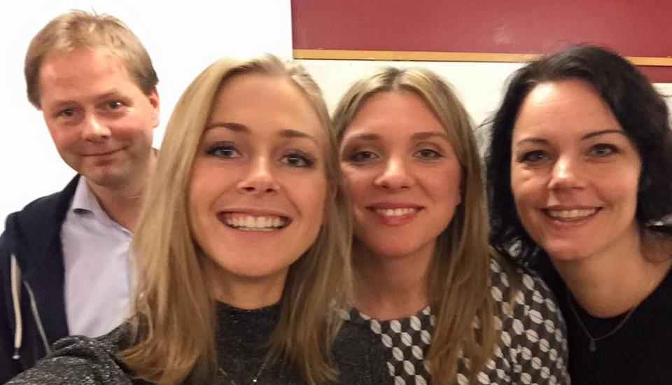 Bodil Sidén, längst fram till vänster, tillsammans med Magda Rasmusson, Veronica Palm och Anders Lindberg i bakgrunden. Foto: Facebook