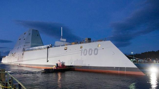 Här ligger hon i hamn. Foto: US Navy