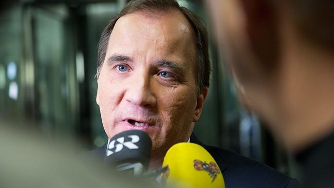 """Här spekulerar statsminister Stefan Löfven om orsaken till bilbränderna: """"Nästan som en militär operation"""""""