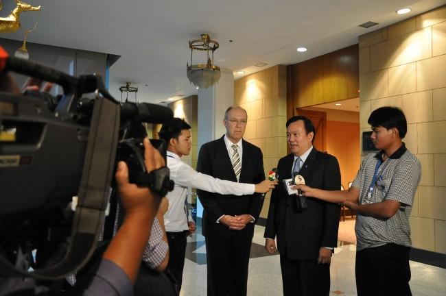 Thailands ambassadör i Sverige Kiattikhun Chartprasert menar att Kajsa Ekis Ekman formulerar sig olyckligt i den omdiskuterade artikeln och att hon inpräntar en bild av Thailand hos allmänheten som inte är sann. Foto: MFA Thailand (CC0) Bilden är tagen vid ett annat tillfälle