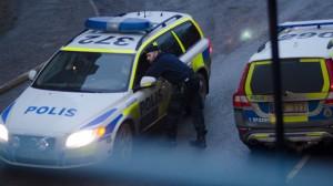 Poliserna på bilden har inget med händelsen att göra. Bilden är tagen vid ett annat tillfälle. Foto: Nyheter Idag