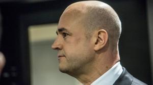 Reinfeldt håller fast vid sin tidigare linje och ifrågasätter retoriken om kollaps. Foto: Nyheter Idag