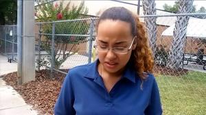 Här bryter hon ihop framför kameran när hon berättar om sin döde vän för Nyheter Idag.