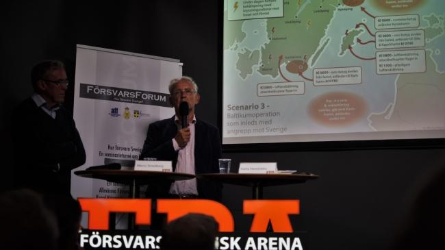"""""""Sanningen ska göra er fria"""" - Väckelsestämning när ryska hotet mot Sverige togs upp av generalmajor i Almedalen"""