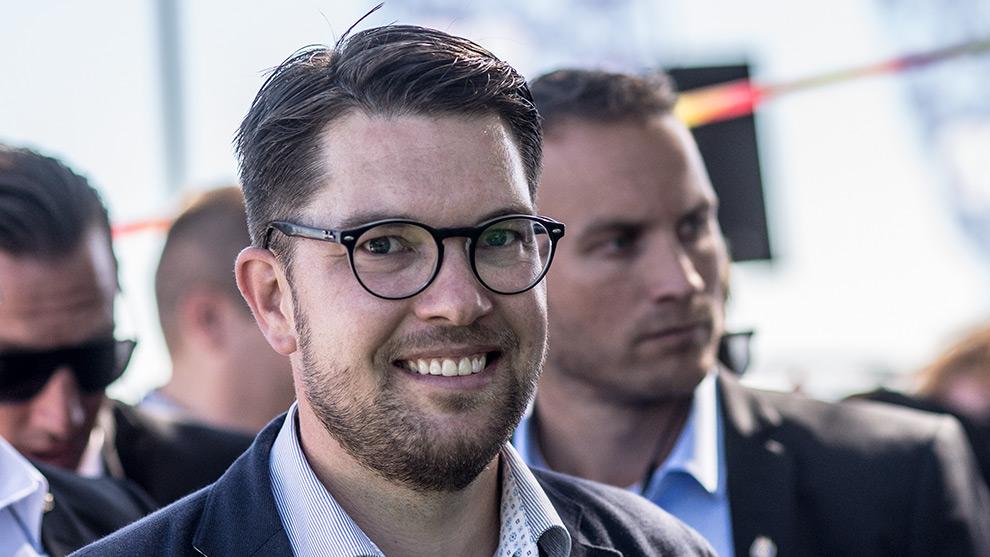 Jimmie Åkesson föreslår en regering efter nästa val ihop med Moderaterna och Kristdemokraterna. Foto: Nyheter Idag