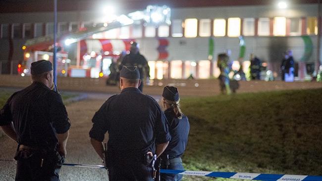 Nybyggd fritidsgård i Tensta i brand – Polisen utreder misstänkt mordbrand