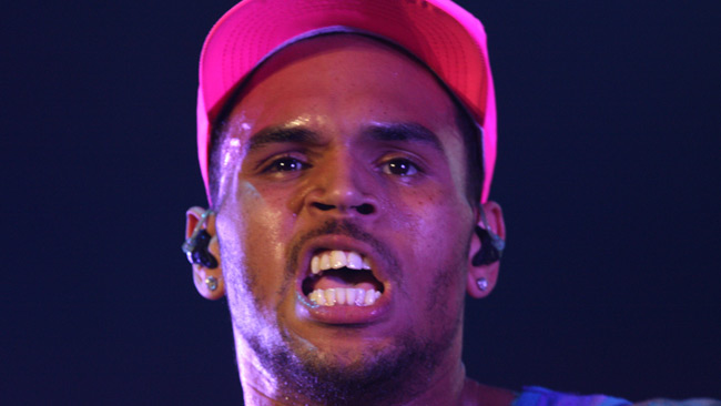 Popstjärnan Chris Brown är i klammeri med rättvisan - igen.  Foto: Wikimedia Commons