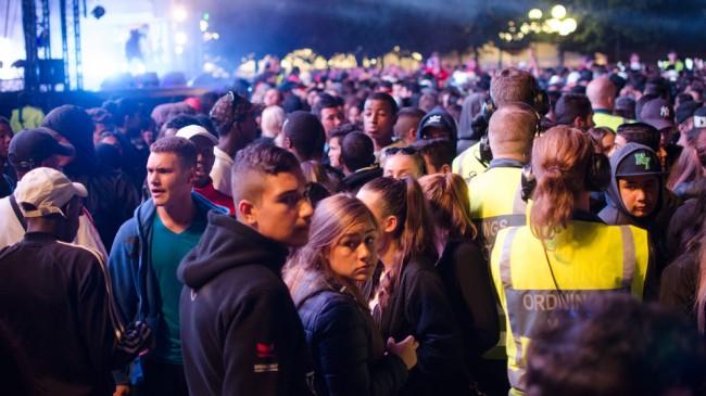 Många ungdomar på festivalens sista kväll
