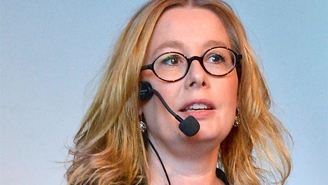 "Åsa Linderborg avfärdar anklagelserna om ""kvinnohat"". Foto: Frankie Fouganthin/Wikimedia commons"