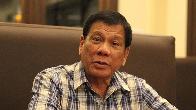 Filippinernas president Rodrigo Duterte hotar äta IS-medlemmar med vinäger och salt. Foto: Wikimedia commons