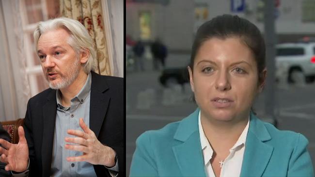 Assange (t.v) och Simonyan (t.h). Foto: Wikimedia Commons samt RT.com