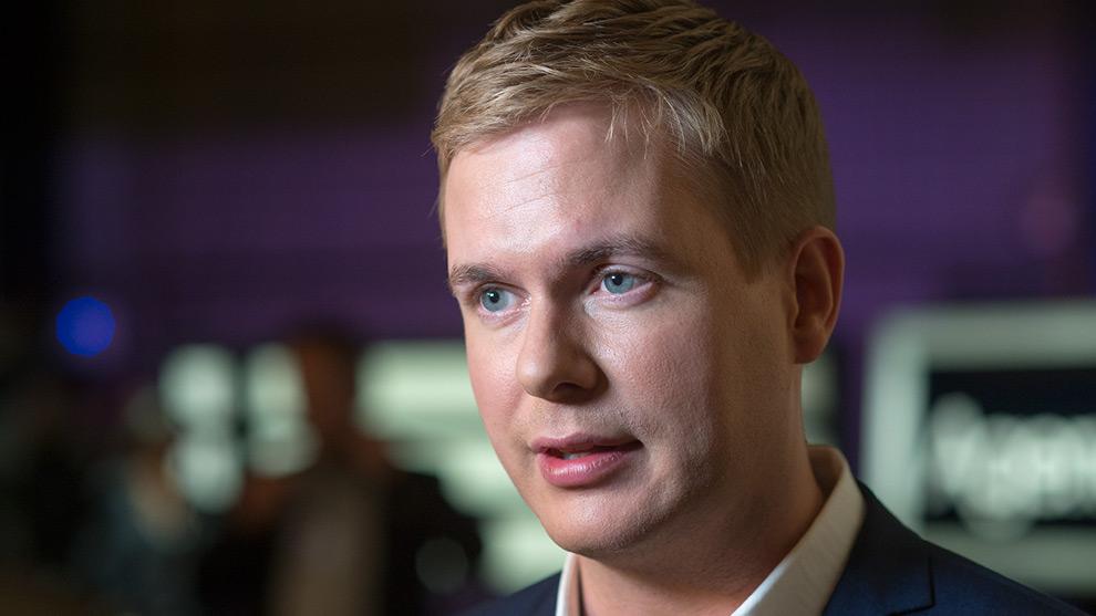 Nyheter Idag talade med Gustav Fridolin efter kvällens partiledardebatt i SVT Agenda. Foto: Nyheter Idag