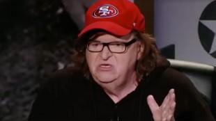 Michael Moore sätter fingret på varför Trump får stort stöd. Foto: Faksimil Facebook