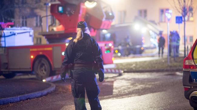 Polisen spärrade av ett område runt förskolan. Foto: Nyheter Idag