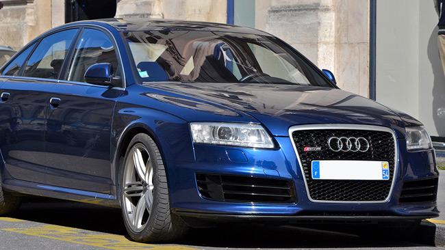 En blå Audi RS6. Foto: CC Alexandre Prévot