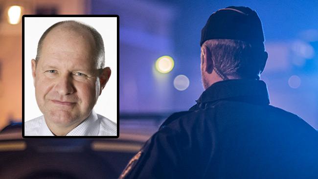 Förtroendet störtdyker för Eliasson och Polismyndigheten. Foto: Nyheter Idag / Pressbild