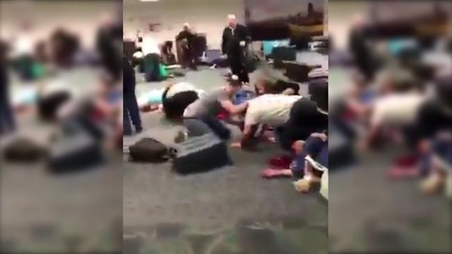 Masskjutning på flygplats – Flera är döda